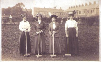 PLAY CROQUET at Roosevelt Cottage Lawn